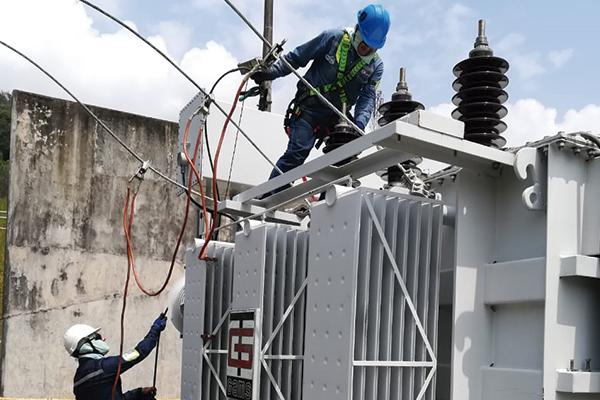servicio-mantenimiento-transformadores-electricos